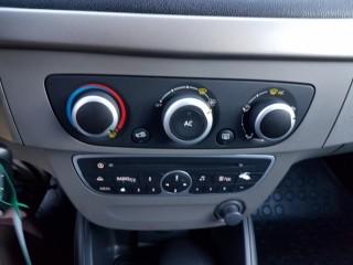 Renault Mégane 1.6i 81KW Nové v ČR č.13