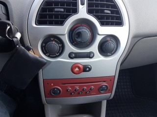 Renault Modus 1.6 16V č.12