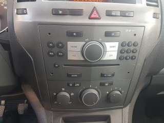 Opel Zafira 1.9 110Kw č.13