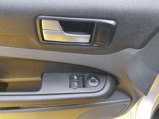 Ford Focus 1.6 16V č.13