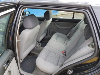 Volkswagen Golf 1.4i č.9
