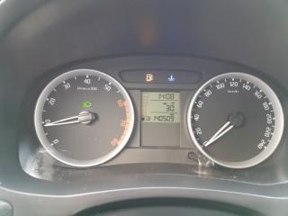 Škoda Fabia 1.4 V 63 Kw 1Maj. SER.KNIHA č.11