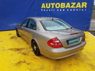 Mercedes-Benz Třídy E 270 CDi AVANTGARDE TOP STAV č.4