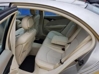 Mercedes-Benz Třídy E 270 CDi AVANTGARDE TOP STAV č.10