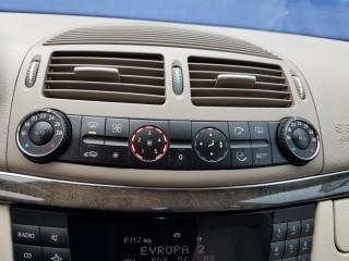 Mercedes-Benz Třídy E 270 CDi AVANTGARDE TOP STAV č.12