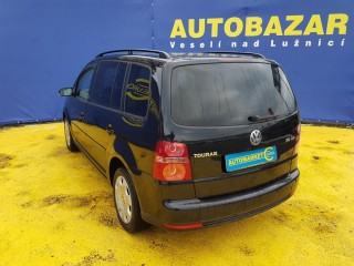 Volkswagen Touran 2.0 Tdi BKD č.6