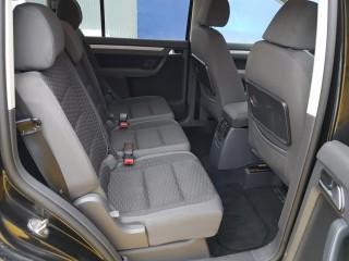 Volkswagen Touran 2.0 Tdi BKD č.9