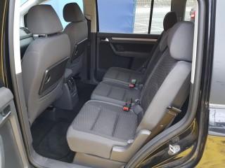 Volkswagen Touran 2.0 Tdi BKD č.10