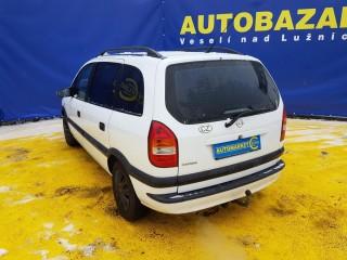 Opel Zafira 2.0 TDI koupeno CZ č.6