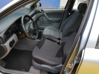 Škoda Octavia 1.9 66Kw č.8