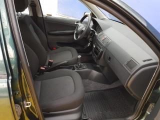 Škoda Fabia 1.4 16V PLNÝ SERVIS č.8