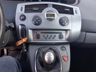 Renault Grand Scénic 1.5 DCi 7-Míst č.12