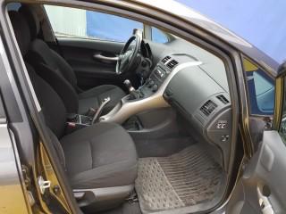 Toyota Auris 1.4i 1. Majitelka č.8