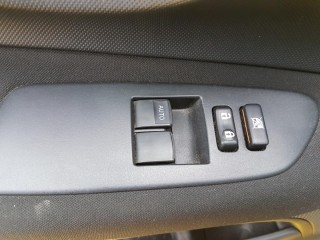 Toyota Auris 1.4i 1. Majitelka č.13