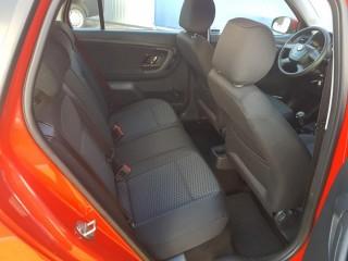Škoda Fabia 1.2 51Kw 31000km č.10