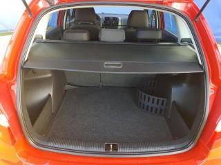 Škoda Fabia 1.2 51Kw 31000km č.16