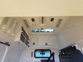 Volkswagen Transporter 2.5 TDi Sanita/Obytný vůz č.17