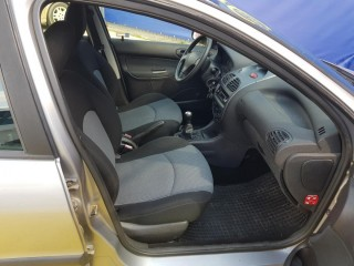 Peugeot 206 1.1 SW 1 maj,ČR č.8