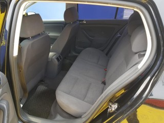 Volkswagen Golf 1.4 16V 55Kw č.10