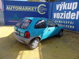 Opel Corsa 1.2i č.5