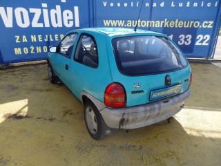 Opel Corsa 1.2i č.6