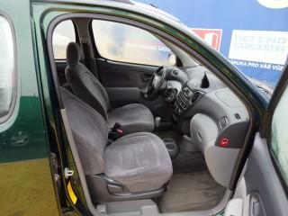 Toyota Yaris 1.3 VVT-I 63KW č.8