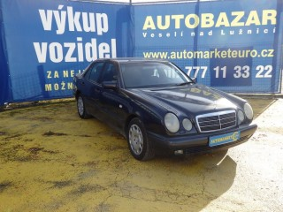 Mercedes-Benz Třídy E E220 CDi č.2