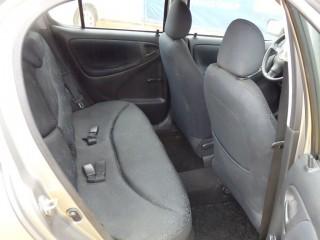 Toyota Yaris 1.0 VVT-I č.9