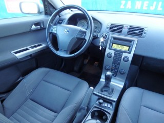 Volvo V50 1.8 16V 92KW 100%KM č.7