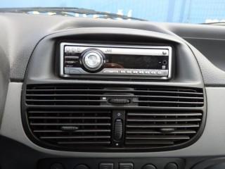 Fiat Punto 1.9JTD č.13