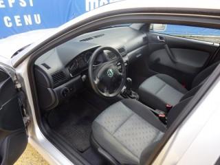 Škoda Octavia 1.6i 75KW č.7