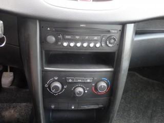 Peugeot 207 1.4i LPG č.14